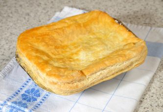 Family Steak Pie